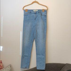 GAP 1969 Straight Leg Jeans (Long)